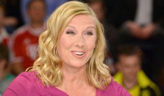 """Andrea Kiewel sorgte auch am 21. Juni im """"ZDF-Fernsehgarten"""" für reichlich Gesprächsstoff beim Publikum. (Foto)"""
