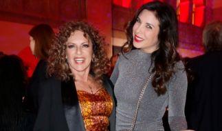 So zeigte sich Christine Neubauer (links) auf der Berlin Fashion Week 2020. (Foto)
