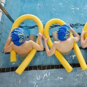 Gaffer behindern Rettungskräfte - Nichtschwimmer (17) ertrinkt in See (Foto)