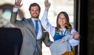 Prinz Carl Philip und Prinzessin Sofia von Schweden strahlt das Babyglück aus allen Poren. (Foto)