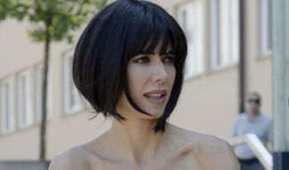 Milo Moiré provoziert im Netz mit einer neuen Nackt-Performance. (Foto)