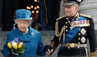 Queen Elizabeth II. lässt sich auch von der Corona-Pandemie ihren traditionellen Sommerurlaub in Schottland nicht vermiesen. (Foto)