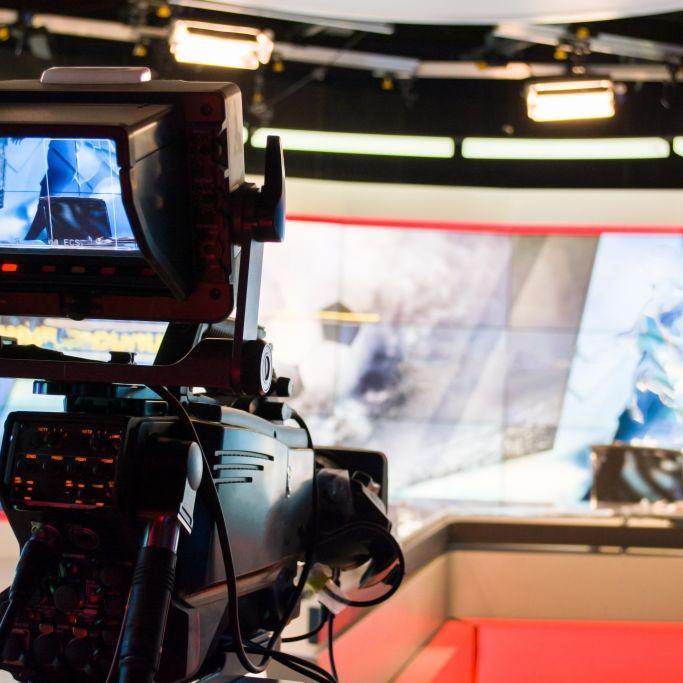Todesursache noch immer unklar! TV-Moderator unerwartet gestorben (Foto)