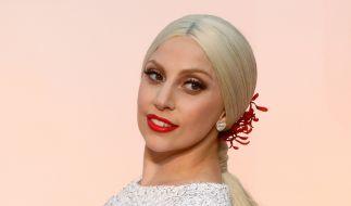 """""""Sie isst Kinder"""" - Auf Lady Gagas neuesten Instagram-Post samt Busenblitzer reagierten einige Fans selbst etwas gaga. (Foto)"""