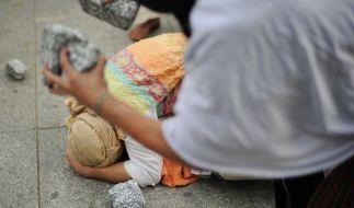 In Pakistan soll ein Mann seine Frau zu Tode gesteinigt haben. (Foto)