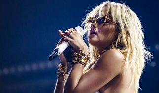 Rita Ora zeigt im Netz zu viel. (Foto)