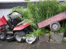 Nach einem Unfall mit dem Rasenmäher-Traktor ist ein 12 Jahre alter Junge gestorben. (Foto)
