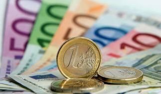 Ab dem 9. Juli 2020 wirtschaften Arbeitnehmer für ihr eigenes Konto, rechnet der Steuerzahlerbund vor. (Foto)