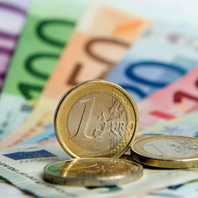 Erdrückende Steuerlast! So viel knöpft der Staat den Deutschen ab (Foto)