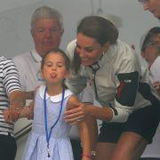 Schwere Zeit für Kate! DARAN ist Prinzessin Charlotte schuld (Foto)