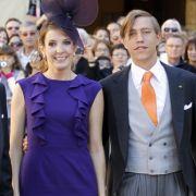 Royaler Knack-Po! HIER macht die Ex-Prinzessin auf Badenixe (Foto)