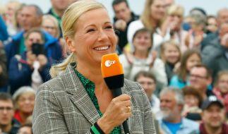 Andrea Kiewel moderiert den ZDF-Fernsehgarten. (Foto)
