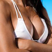 HIER gewährt das Model im Leo-Bikini äußerst intime Einblicke (Foto)