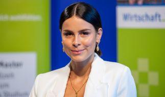 """Lena Meyer-Landrut begeistert schon wieder """"oben ohne"""" ihre Fans. (Foto)"""