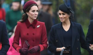 Auch sie gehören zu den schönsten Royals aller Zeiten: Herzogin Kate Middleton und Meghan Markle. (Foto)