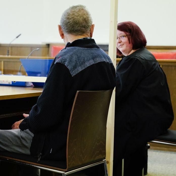 Oma mit Kordel erwürgt - Ehemann zu Haftstrafe verurteilt (Foto)