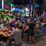 """Lokale dicht, Touristen wüten! War's das jetzt mit dem """"Ballermann""""? (Foto)"""
