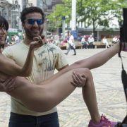 Nackte Urlaubsgrüße aus Tulum! Als erotische Eva legt sie sich HIER flach (Foto)