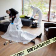 Frauenleiche in Wohnung gefunden - Partner ebenfalls tot (Foto)