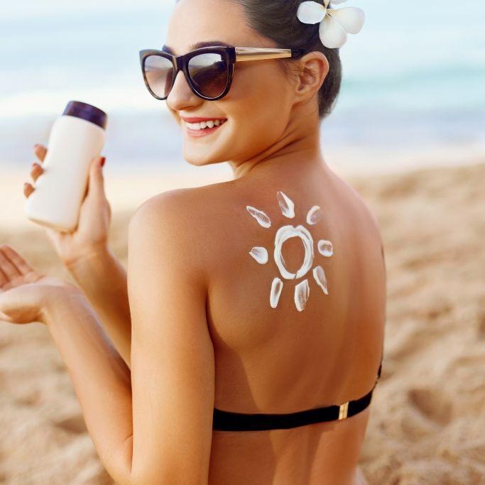 Achtung, Krebs-Alarm! SO verwenden Sie Sonnencreme nie wieder falsch (Foto)
