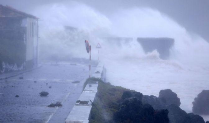 Hurrikan Douglas aktuell