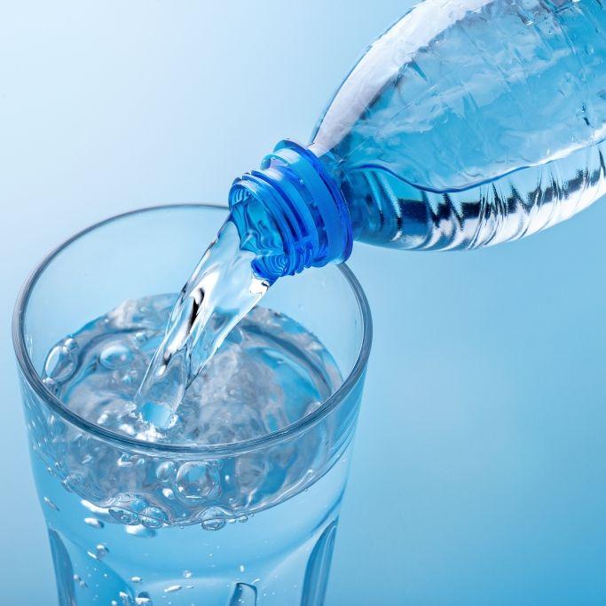 Mit Uran verpestet! DIESES Mineralwasser enttäuschte im Test (Foto)