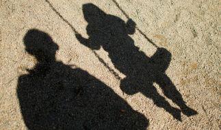 Ein Mann soll in Dortmund zwei Mädchen missbraucht haben. (Foto)