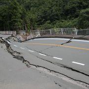 Horror-Unfall! DIESE Straße verschlingt 2 Fußgänger (Foto)