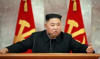 Kim Jong-un soll an einer Corona-Waffe tüfteln. (Foto)