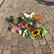 Rathaus-Azubi (23) von Fahnenmast getroffen - tot! (Foto)
