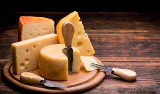 Penny ruft aktuell einen Käse zurück. (Foto)