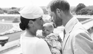 Die Sorge um die Zukunft seines Sohnes Archie. hier am Tag seiner Taufe im Juli 2019, soll Prinz Harry schlaflose Nächte bereiten. (Foto)