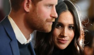 In einem neuen Enthüllungsbuch kommen diverse intime Enthüllungen über Meghan Markle und Prinz Harry an die Öffentlichkeit. (Foto)