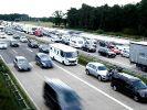 In Süddeutschland haben die Ferien gerade erst begonnen, woanders enden sie. Deshalb ist auch am Wochenende vom 14. bis 16. August 2020 mit Staus zu rechnen. (Foto)