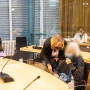 Seniorin (84) zündet Ex-Mann bei lebendigem Leib an - Haftstrafe! (Foto)
