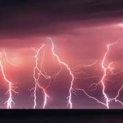 Gigantische Gewitter-Front! HIER vertreibt Petrus die Hitze (Foto)