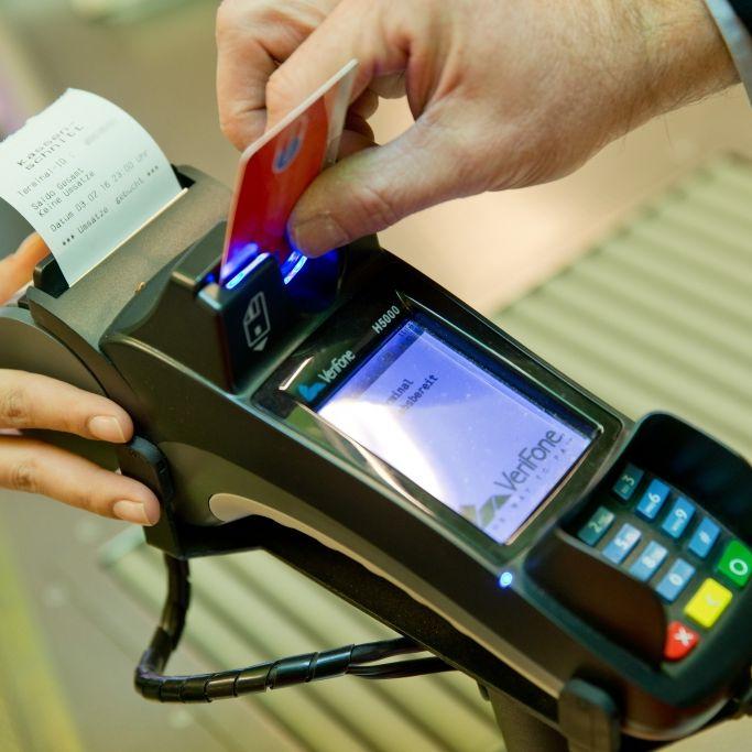 Gebühren-Horror! DAFÜR müssen Bankkunden richtig viel blechen (Foto)
