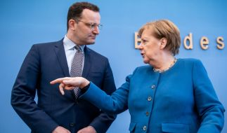 Kanzlerin Merkel und Bundesgesundheitsminister Spahn äußern sich besorgt über die steigenden Corona-Infektionszahlen in Deutschland. (Foto)