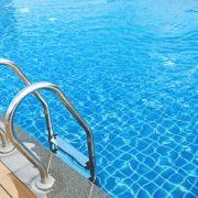 Zeugen gesucht! 15-Jährige im Schwimmbad begrapscht (Foto)