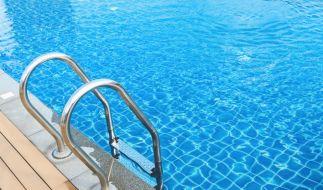 In Mannheim wurde eine 15-Jährige im Schwimmbad befummelt. (Foto)