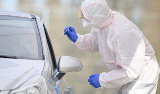 Die aktuellen Neuinfektionen in Deutschland haben abermals die Marke von 1.200 Fällen geknackt. (Foto)