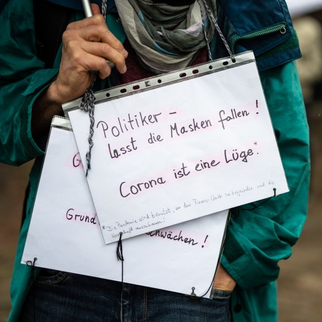 Demo von Coronaleugnern untersagt - Einspruch vor Gericht erhoben (Foto)