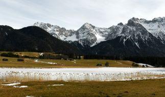 Beim Wandern im Karwendelgebirge in Tirol ist eine 47-jährige Deutsche tödlich verunglückt (Symbolbild). (Foto)
