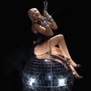 Heißer Feger! Im Transparent-Kleid macht Miley MTV verrückt (Foto)