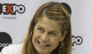Schauspielerin Linda Hamilton trauert um ihre Zwillingsschwester Leslie. (Foto)