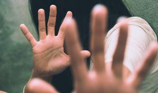 Im englischen Liverpool ist eine 16-Jährige Opfer einer Gruppenvergewaltigung geworden (Symbolbild). (Foto)