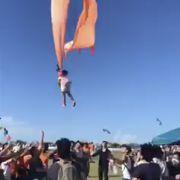 Drachen schleudert Dreijährige 30 Meter in die Luft (Foto)