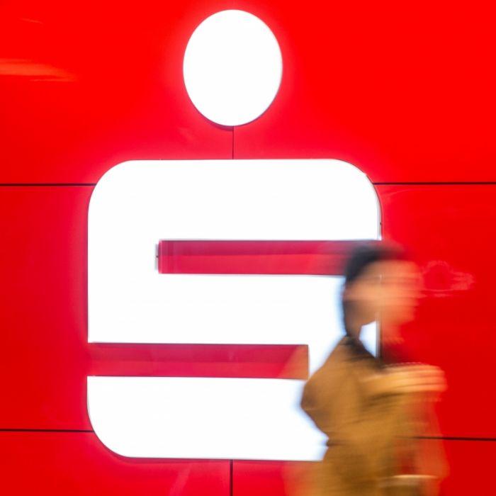 Miese Masche! Mit DIESEM Telefon-Trick zocken Betrüger Kunden ab (Foto)