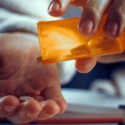 Ibuprofen und Co.: So gefährlich sind Schmerzmittel wirklich. (Foto)