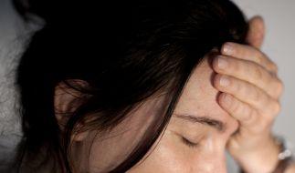 Einer Frau fehlt nach einem Unfall die Stirn. (Foto)